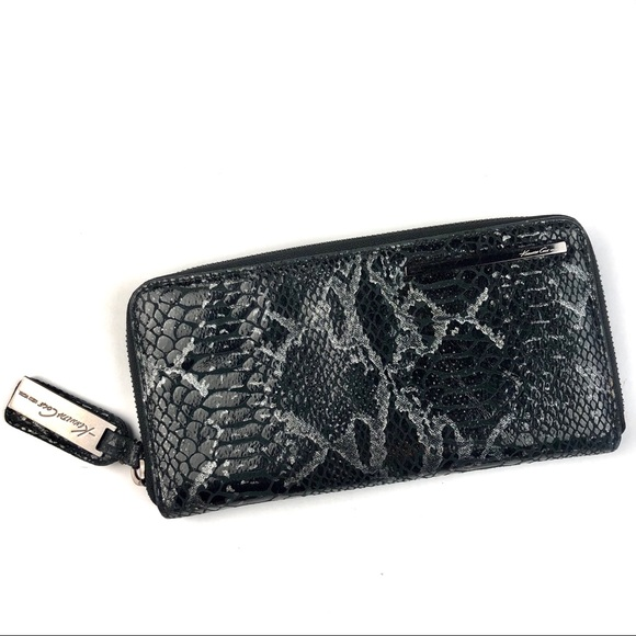 Kenneth Cole Handbags - Kenneth Cole Black Python Patent Zip Wallet